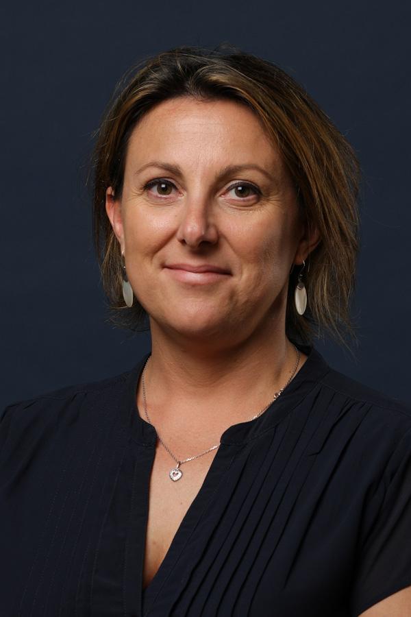 Émilie Boudiaf - Assistante administrative secteur Services SNEE La Rochelle en Charente-Maritime