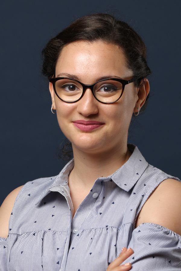 Dounia Masmoudi - Conductrice des travaux SNEE Tours en Indre-et-Loire