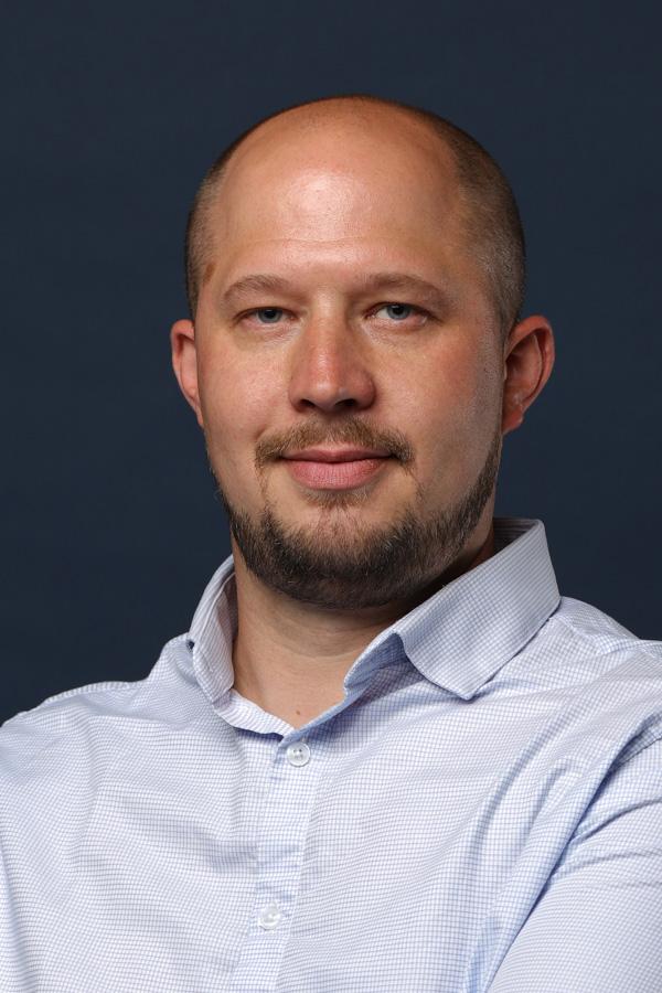 Yann Simon - Chargé d'affaires SNEE Marne-la-Vallée en île-de-France