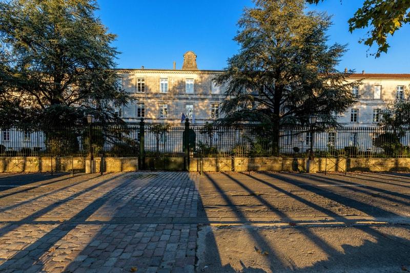 Lycée Guez de Balzac - Chantier Villes et collectivités - Génie électrique et Génie climatique