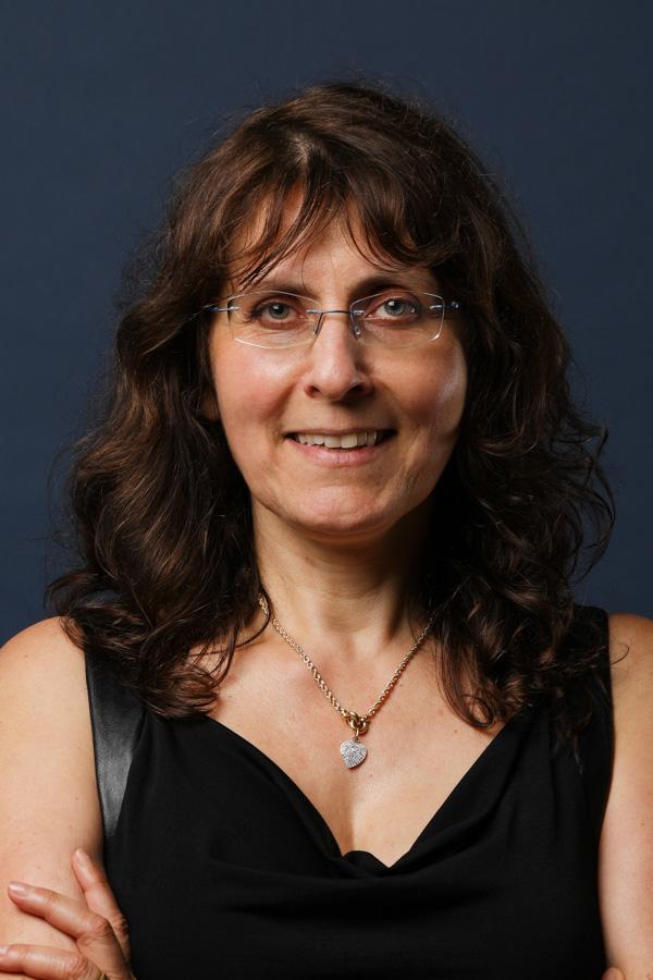 Giovana Isingrini - Assistante administrative SNEE Marne-la-Vallée en île-de-France
